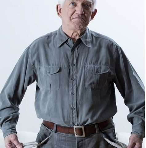 Elderly_man_empty_pockets_square